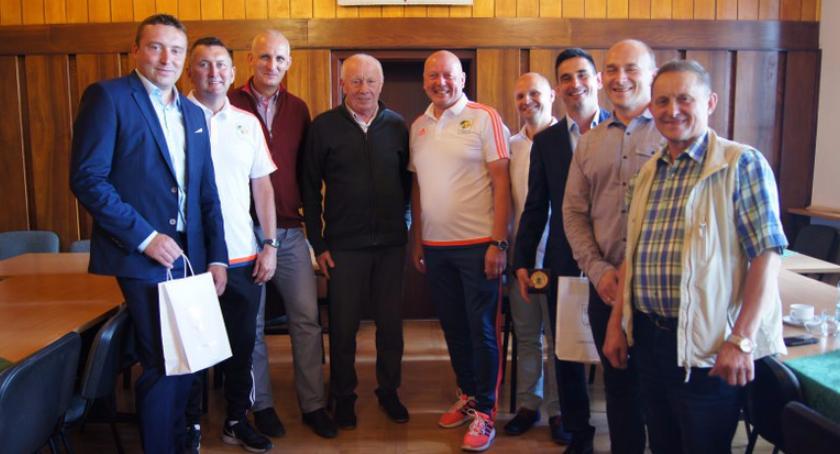 Trenerzy z Machnesteru w Barwicach na obozie bramkarskim