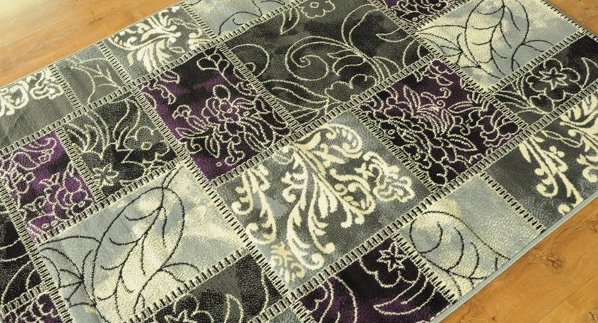 Zakupy, Dywany patchwork modny ekologiczny - zdjęcie, fotografia