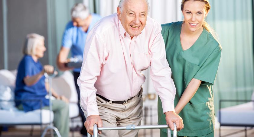 Z miejskiego programu dopłat skorzysta zaledwie 1,5% seniorów