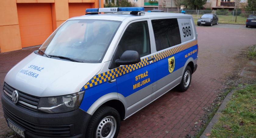 Strażnicy miejscy w Szczecinku pojeżdżą volkswagenem