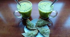 Elwira gotuje. Zielono i ryneczkowo, czyli zupa z cukinii z bobem