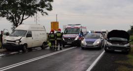 Zderzenie czterech aut pod Turowem. DK 11 z utrudnieniami