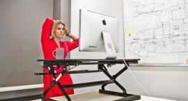 5 sposobów na zdrowe plecy - poznaj biurka podnoszone