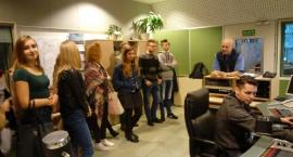 Młodzi dziennikarze I LO w Radiu Koszalin